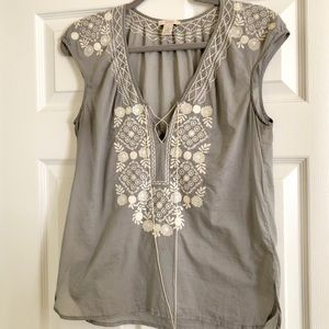 J. Crew Flower Mosaic Embroidered Tunic in gray 💕